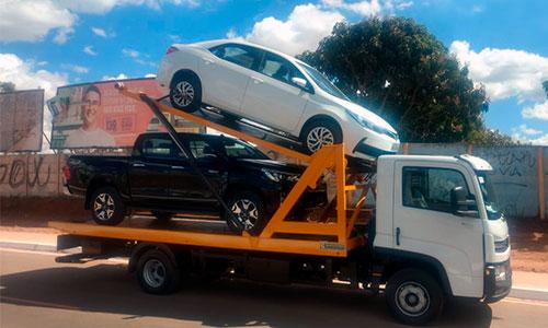 caminhão porta a porta União Transportadora